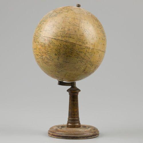 A lot comprising (2) terrestial globes. Dont J. Lebegue & Cie. Paris. H. : 43 cm…