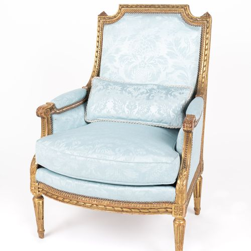 From a prestigious Parisian Palace Pair of moulded, carved and gilded wooden she…