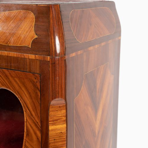 From a prestigious Parisian Palace Natural wood and veneer display case, chased …