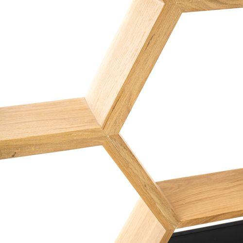 En provenance de l'ancien siège de GUERLAIN Etagère en bois naturel, en forme d'…