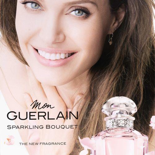 En provenance de l'ancien siège de GUERLAIN PLV Mon Guerlain Sparkling Bouquet, …