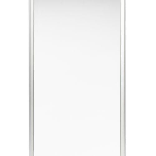 En provenance de l'ancien siège de GUERLAIN Miroir H : 90,5cm L : 45cm  Etat d'u…