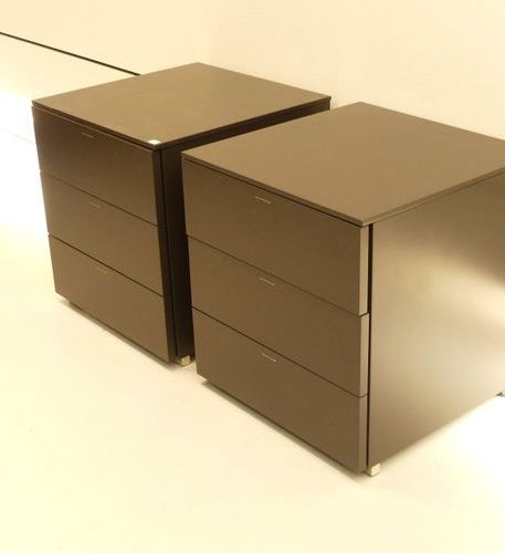 Design Italy XX th, pair of bedside tables (50x50x50 cm)