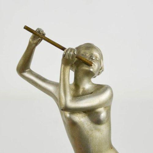 Josef Lorenzl (1892 1950) : Joueur de flûte, figurine Art Déco vers 1930, patine…