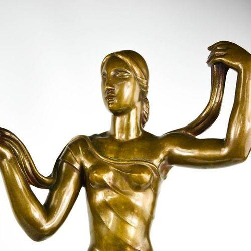 Jaroslaw Horecj (1886 1983) : Figure en bronze Art déco reposant sur un socle en…