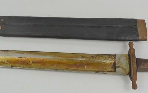 Une épée courte de pionnier autrichienne hongroise M1853, marque du fabricant su…