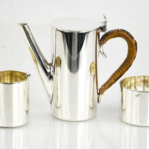 Un service à café miniature en métal argenté du milieu du siècle, comprenant une…
