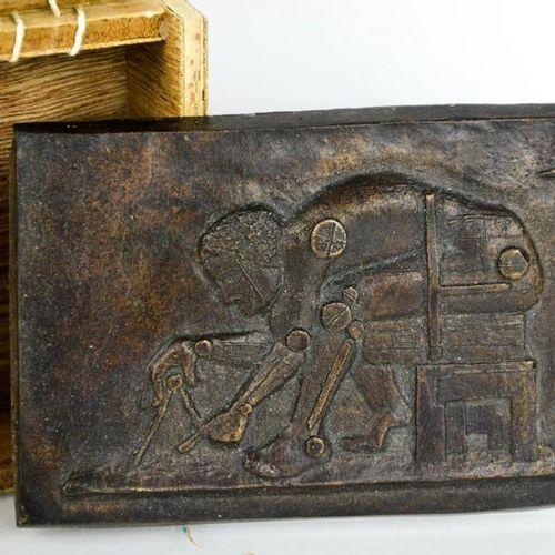 Eduardo Paolozzi (1924 2005) Newton (After Blake) plaque en bronze avec boîte de…
