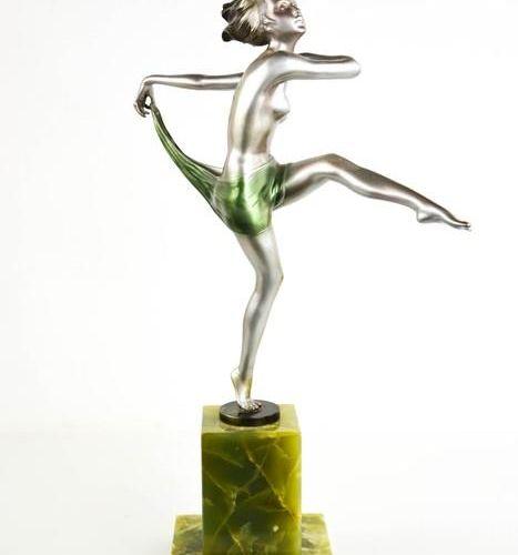 Josef Lorenzl (1892 1950) : dancing girl Bronze Art Déco, à patine mate argentée…