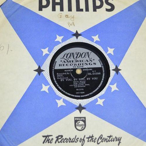 Un groupe de disques 78 tours comprenant The Crickets, Eve Boswell, Don Rondo, T…