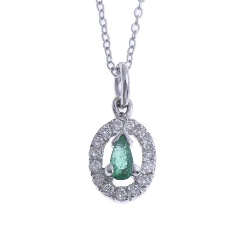 CHAIN WITH EMERALD CENTRED PENDANT. 18kt white gold with a pendant centred with …