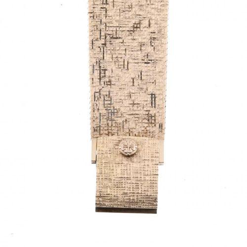 PATEK PHILIPPE. CALATRAVA GOLD WRISTWATCH, CIRCA 1970. PATEK PHILIPPE.  Or jaune…