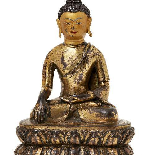Propriété d'un Gentleman (lots 36 85)    Figure de Bouddha Shakyamuni en bronze …