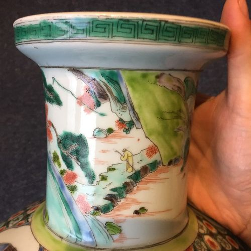 """Vase rouleau en porcelaine chinoise """"production de soie"""", fin de la dynastie Qin…"""