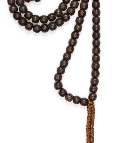 Collier de bois d'aloès chinois, dynastie Qing, comprenant cent huit perles tail…