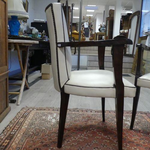 Paire de fauteuils bridge crème Paire de fauteuils bridge en bois vernis à garni…