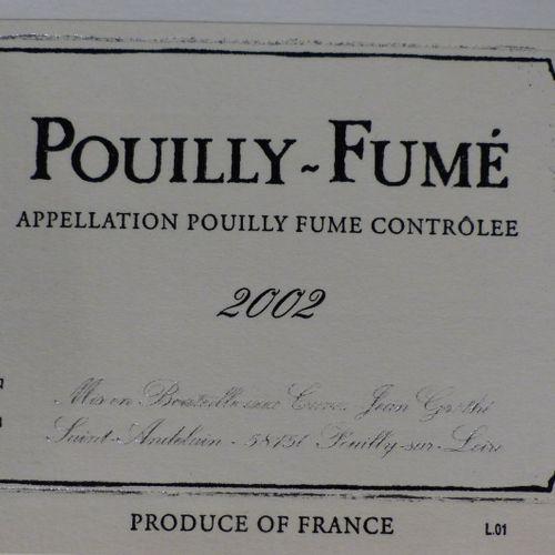 Lot d'environ 600 étiquettes de vins illustrées Lot d'environ 600 étiquettes de …