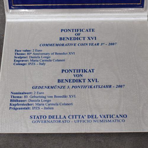 VATICAN, 2007. Pièce commémorative de 2€ VATICAN, 2007. Pièce commémorative de 2…
