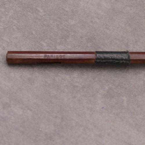 Achet de violon signé PARISOT Achet de violon signé PARISOT. Longueur : 73 cm. E…