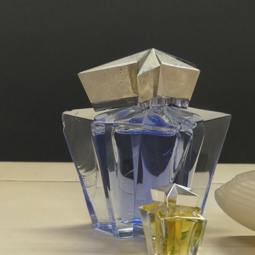 MUGLER Thierry MUGLER. Angel factice et sa miniature. On joint Montana Parfum d'…