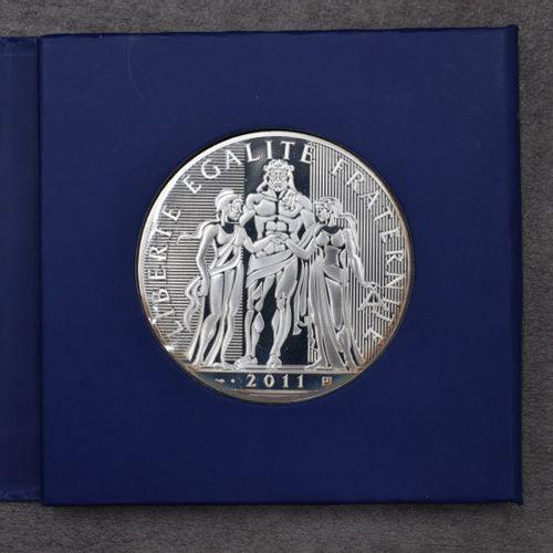 Monnaie de Paris, 2011. Monnaie de Paris, 2011. Pièce de 100€ en argent, avec sa…