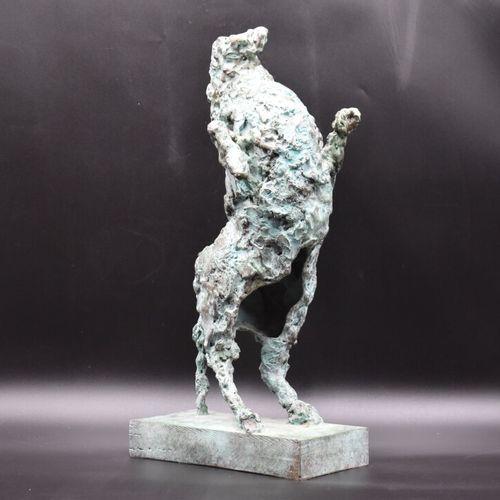 Bronze Blasco MENTOR (1919 2003), Cheval cabré, Bronze à patine vert antique, su…