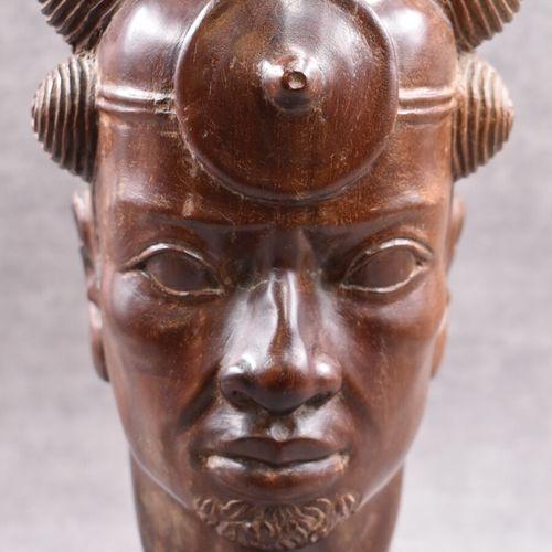 A. RANAIVOSON, Tête de guerrier africai A. RANAIVOSON, Tête de guerrier africain…