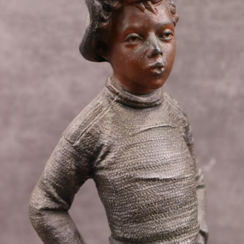 Henri Tremo Henri TREMO, Enfant SIFFLEUR, régule patiné. Hauteur 50 cm.