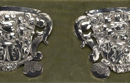 Two silver plates, Tymen van Leeuwen Deux assiettes en argent, Tymen van Leeuwen…