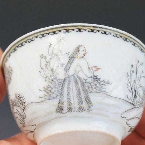 A set of enre de Chine cups and saucers A set of enre de Chine cups and saucers,…