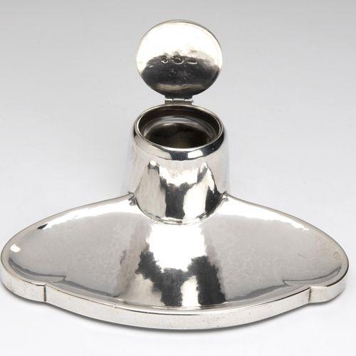 A Danish silver and amethyst ink stand Un encrier danois en argent et améthyste,…