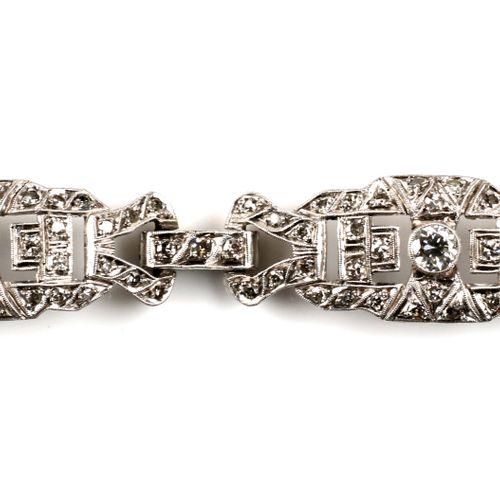 An Art Deco platinum diamond bracelet Bracelet Art Déco en platine et diamants, …