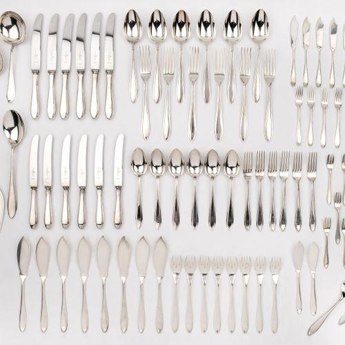 """A collection of Dutch silver flatware """"puntfilet"""" Une collection de couverts hol…"""
