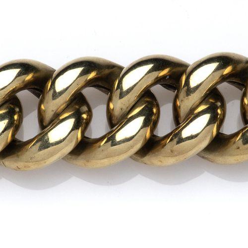 A 14k gold bracelet Un bracelet en or 14k, composé de maillons de chaîne, L. 21.…