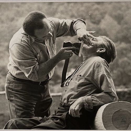 American Candid Photographer Razor's Edge, Barber's skill USA, c. 1950 Vintage p…