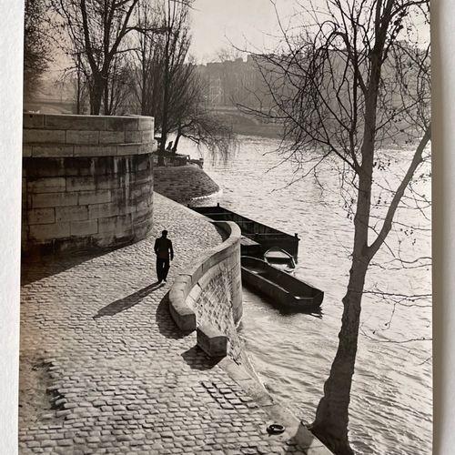 Mr. E. Marchesi (active 1939) On the Docks of Ile St. Louis c. 1939 Vintage silv…