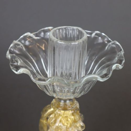 Paire de chandeliers de Murano verre clair, base en forme d'arc en plein cintre,…