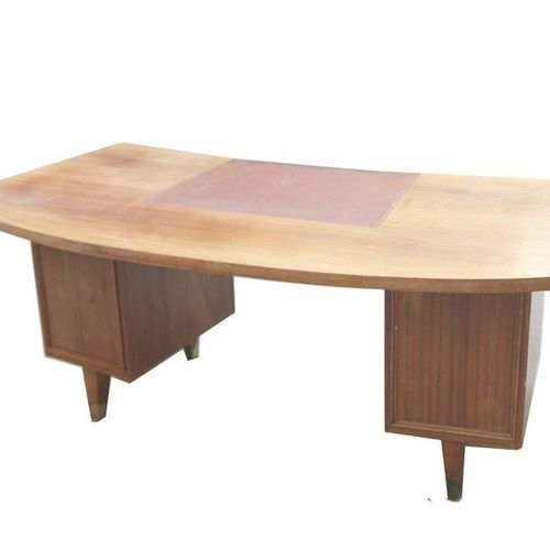 Important desk, curved shape with leather top, two drawer cabinets. 200X94X78