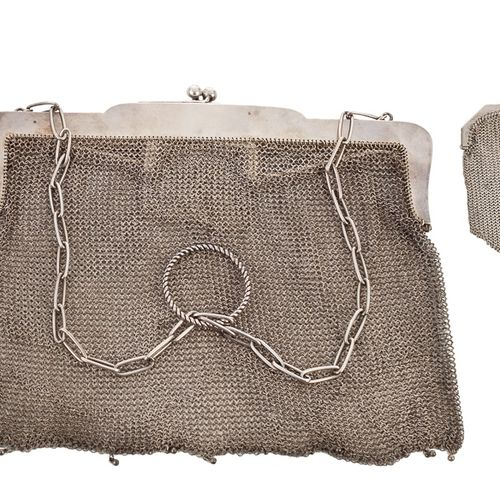 Set of handbag and coin purse in 800 mm silver mesh with small interior compartm…