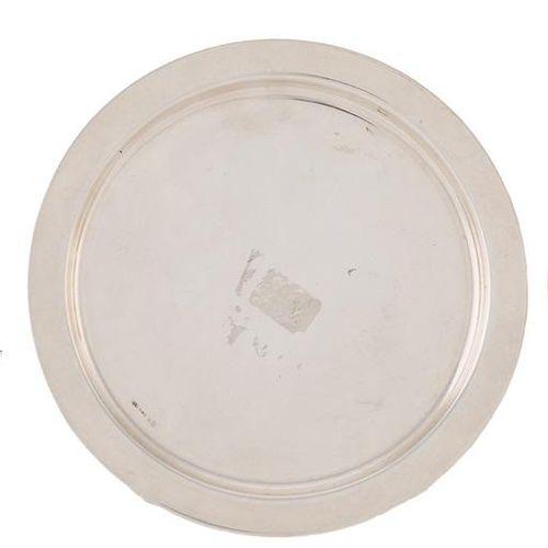 Piattino in argento punzonato 13,5 x 13,5 cm Peso: 68 gr
