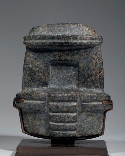 Temple avec niche * Ce modèle est assez rare dans la production Mezcala et reflè…