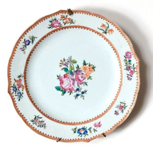 Indies Company Porcelain plate with a fretworked rim, with a floral decor  Pink …