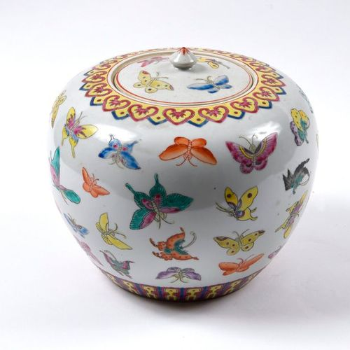 Ginger pot, porcelain, polychrome decor of butterflies  China, 20th century  H.:…