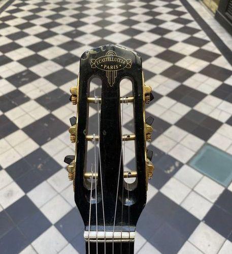 Guitare jazz petite bouche XV cases de Jacques Casteluccia, Maitre Luhtier, Pari…