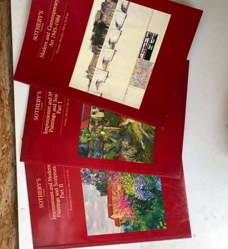 Large set of modern sales catalogues
