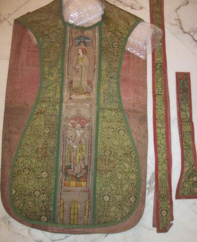 Chasuble, stole and maniple, 16th century, Gothic style, lampas, probably Persia…