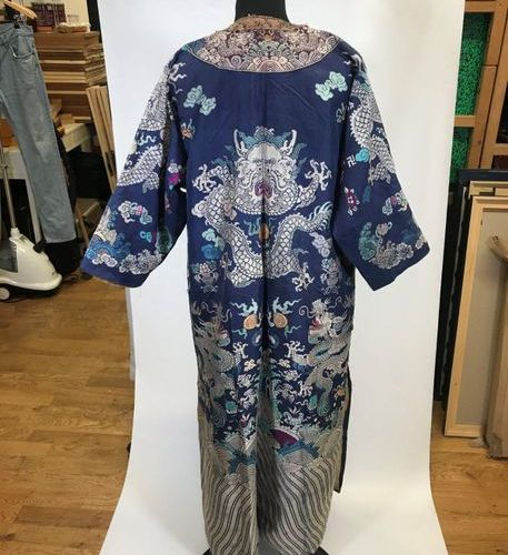 Jifu or dragon dress, China, Qing dynasty, XIXth century, lampas, blue satin bac…