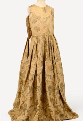 Curious dress, mid XVIIIth century, bustier, pleated at the waist, sleeveless, k…
