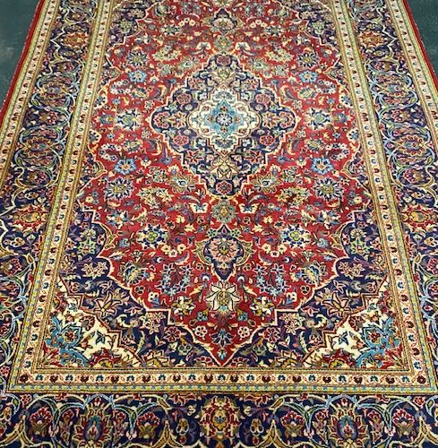 Large and fine Kachan (Iran) around 1960.  Dimensions : 305 x 205 cm  Technical …