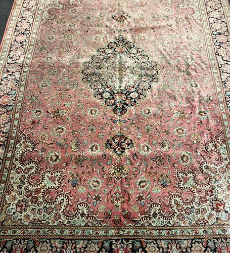 Important and fine silk Ghoum (Iran) circa 1965 Shah's time.  Dimensions : 305 x…